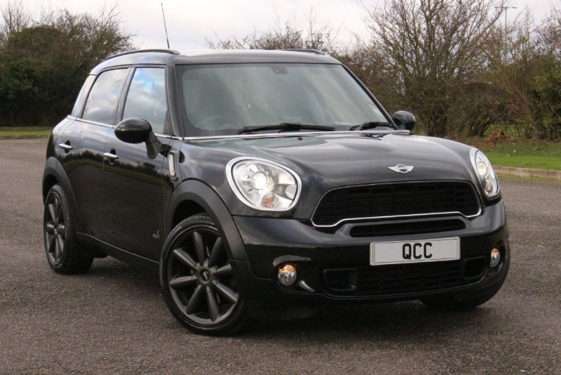 used MINI Countryman COOPER S ALL 4 CHILI MEDIA PACK in essex-for-sale