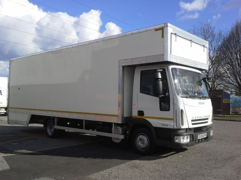 used Iveco Euro Cargo 75E16 24Ft Dropwell Luton in walsall