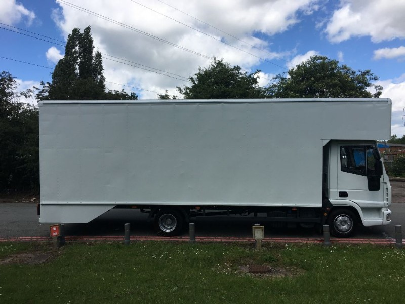 used Iveco Euro Cargo 75E16 1650cuft 24Ft Dropwell Luton in walsall