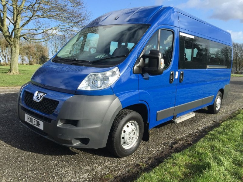 used Peugeot Boxer 335 LWB 3.5T 17 Seater Minibus Lite in walsall
