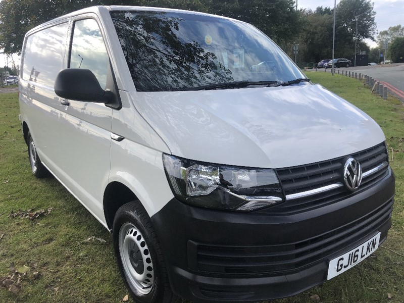 used VW Transporter T28 2.0Tdi Swb 102ps. Only 27521 Miles From New in walsall