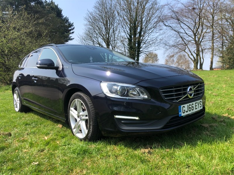 used Volvo V60 D5 163ps Diesel/Electric Twin Engine SE Nav Awd Geartronic in walsall