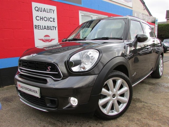 used MINI Countryman COOPER S ALL4,SAT-NAV, LEATHER TRIM in aylesbury-buckinghamshire