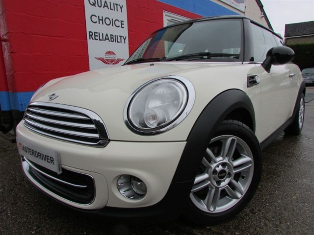used MINI Hatch COOPER, SAT-NAV, CHILLI PACK in aylesbury-buckinghamshire