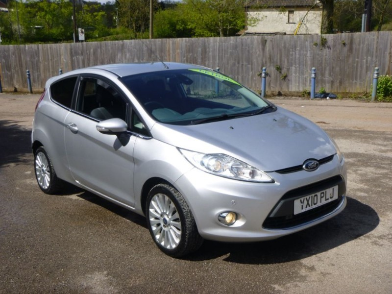 used Ford Fiesta TITANIUM in bristol