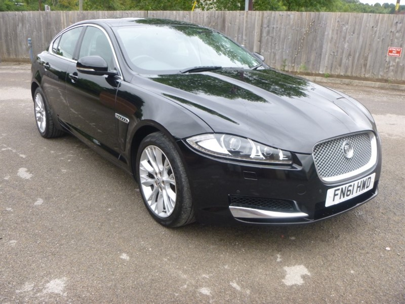 used Jaguar XF D SE in bristol