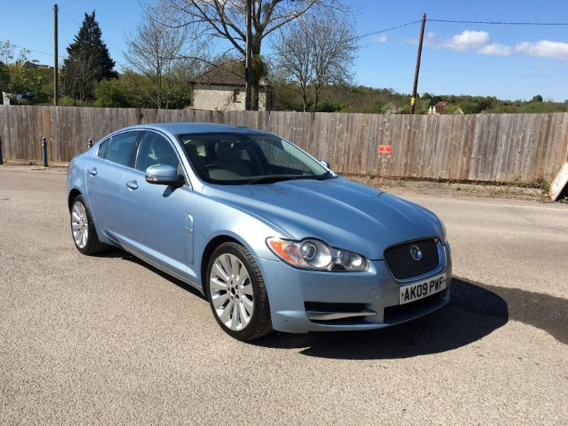 used Jaguar XF PREMIUM LUXURY V6 in bristol