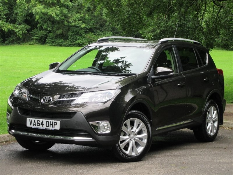 used Toyota RAV4 D-4D Invincible AWD 5dr in cardiff-glamorgan
