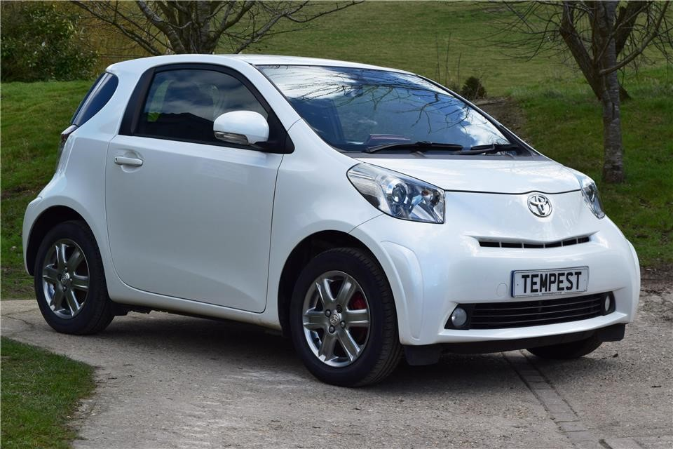Toyota Remote Start Cost >> Toyota iQ in Henfield West Sussex - CompuCars