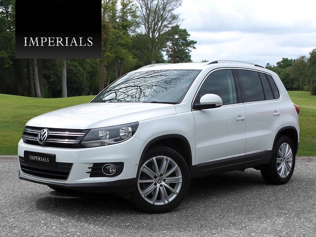 volkswagen tiguan in romford essex compucars. Black Bedroom Furniture Sets. Home Design Ideas