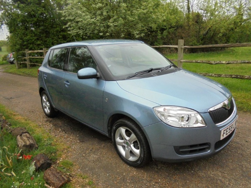 used Skoda Fabia LEVEL 2 HTP in leatherhead-surrey