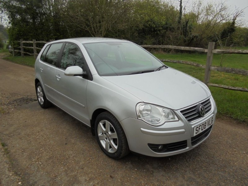 used VW Polo 1.2 MATCH 5 DOOR in leatherhead-surrey