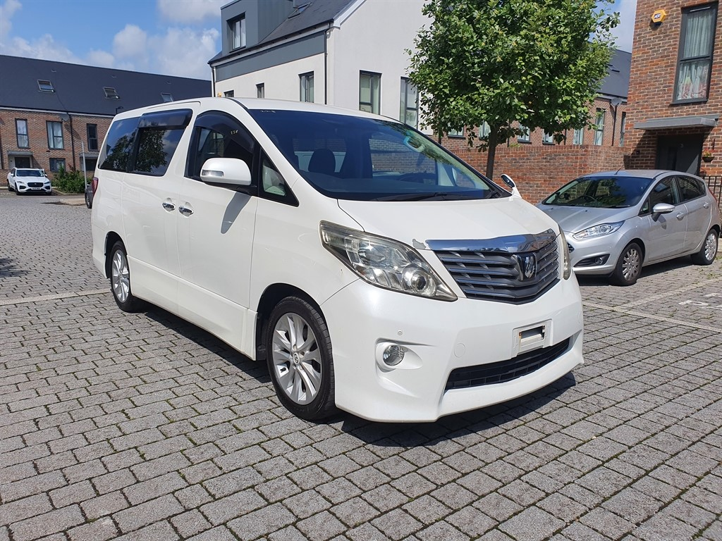 used Toyota Alphard TOYOTA ALPHARD AUTO 2.4 PRIME SELECTION, 8 SEATER FRESH IMPORT , VERIFIED MILEAGES in essex