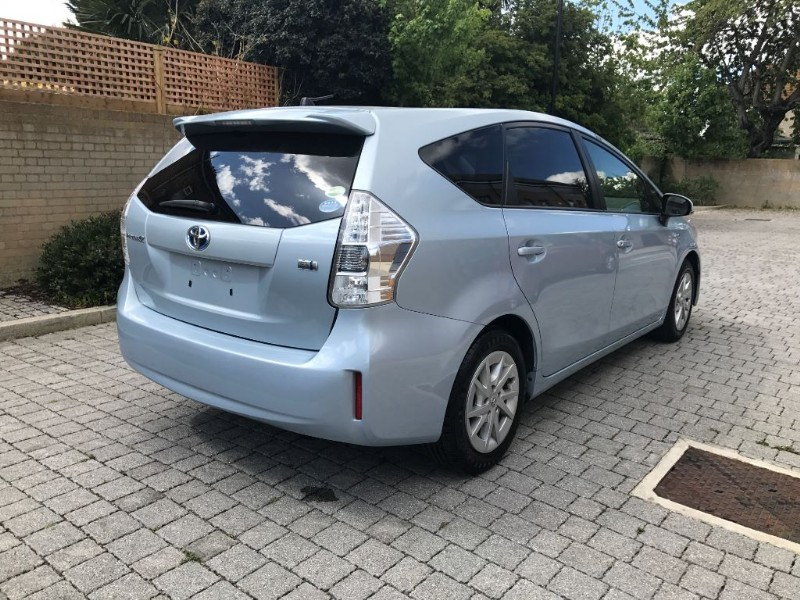 used blue toyota prius plus for sale essex. Black Bedroom Furniture Sets. Home Design Ideas