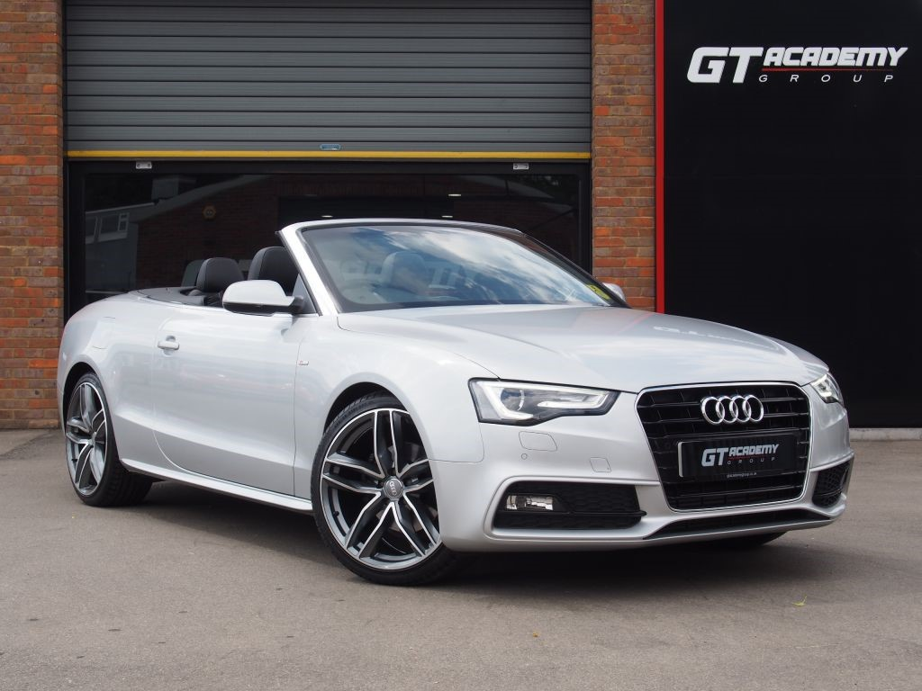 "used Audi A5 TDI S LINE SPECIAL EDITION . 20"" ALLOYS . AUDI FSH . 7.9% APR in tring-hertfordshire"