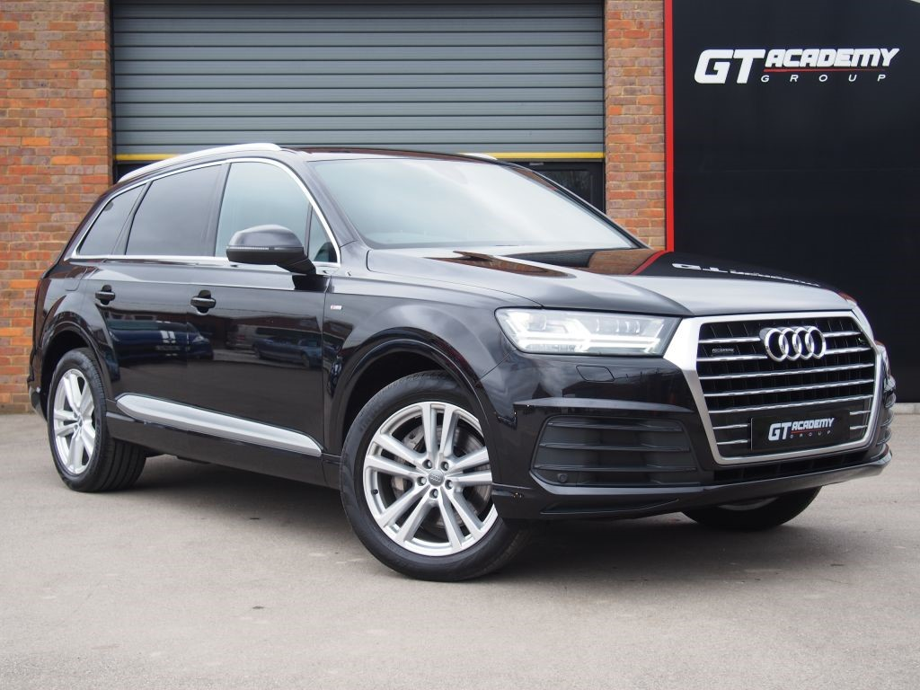 used Audi Q7 3.0TDI QUATTRO S LINE AA INSPECTED - 1 OWNER in tring-hertfordshire