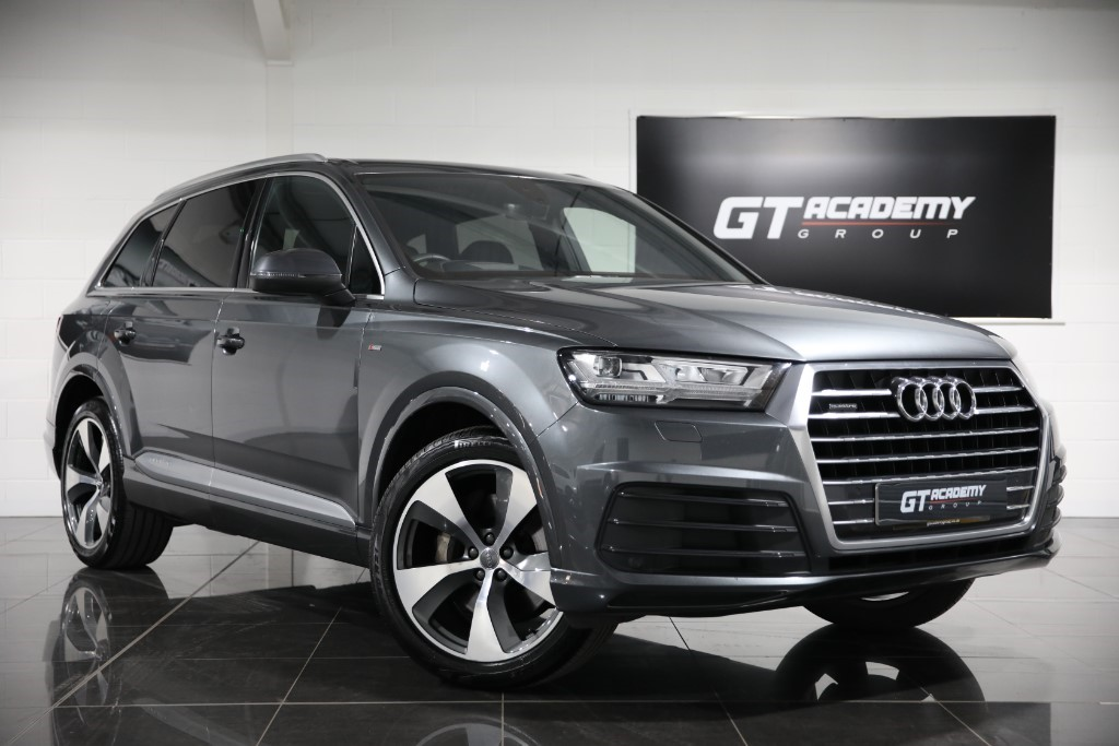 used Audi Q7 TDI QUATTRO S LINE ** 5.9% APR FINANCE OFFER ** in tring-hertfordshire