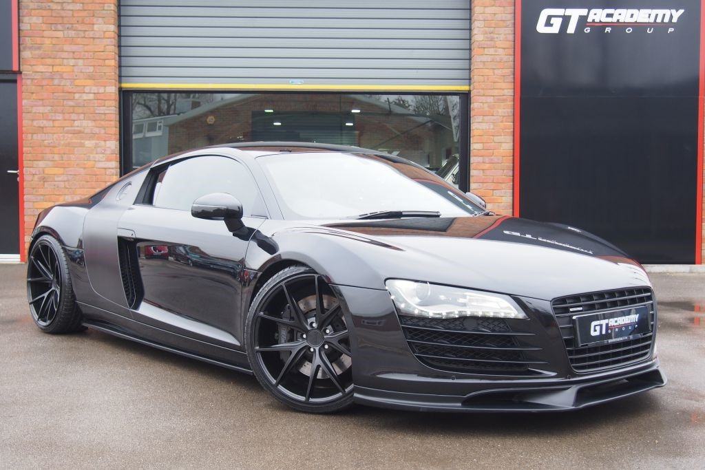 """used Audi R8 QUATTRO STUNNING R8 WITH 20"""" ALLOYS in tring-hertfordshire"""