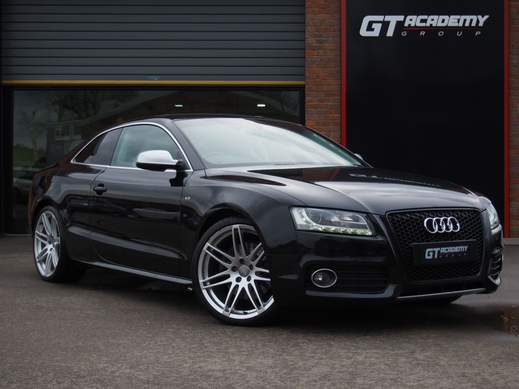 used Audi S5 4.2 V8 FSI QUATTRO AA INSPECTED . FSH . LOW MILEAGE in tring-hertfordshire