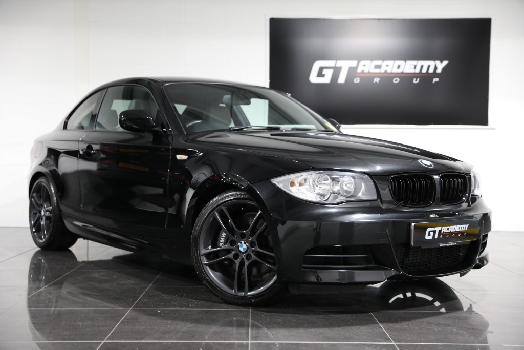 used BMW 135i 3.0 M SPORT AA INSPECTED - FSH in tring-hertfordshire