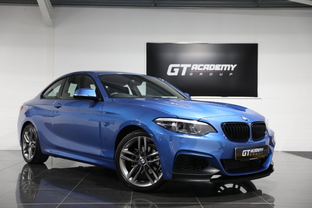 used BMW 218i M SPORT AA INSPECTED - 1 OWNER - SAT NAV in tring-hertfordshire