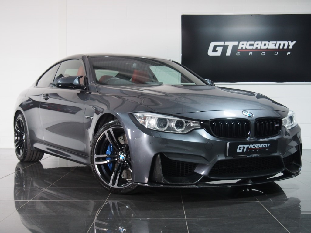 used BMW M4 3.0 M DCT 1 OWNER - BMW SERVICE PACK in tring-hertfordshire