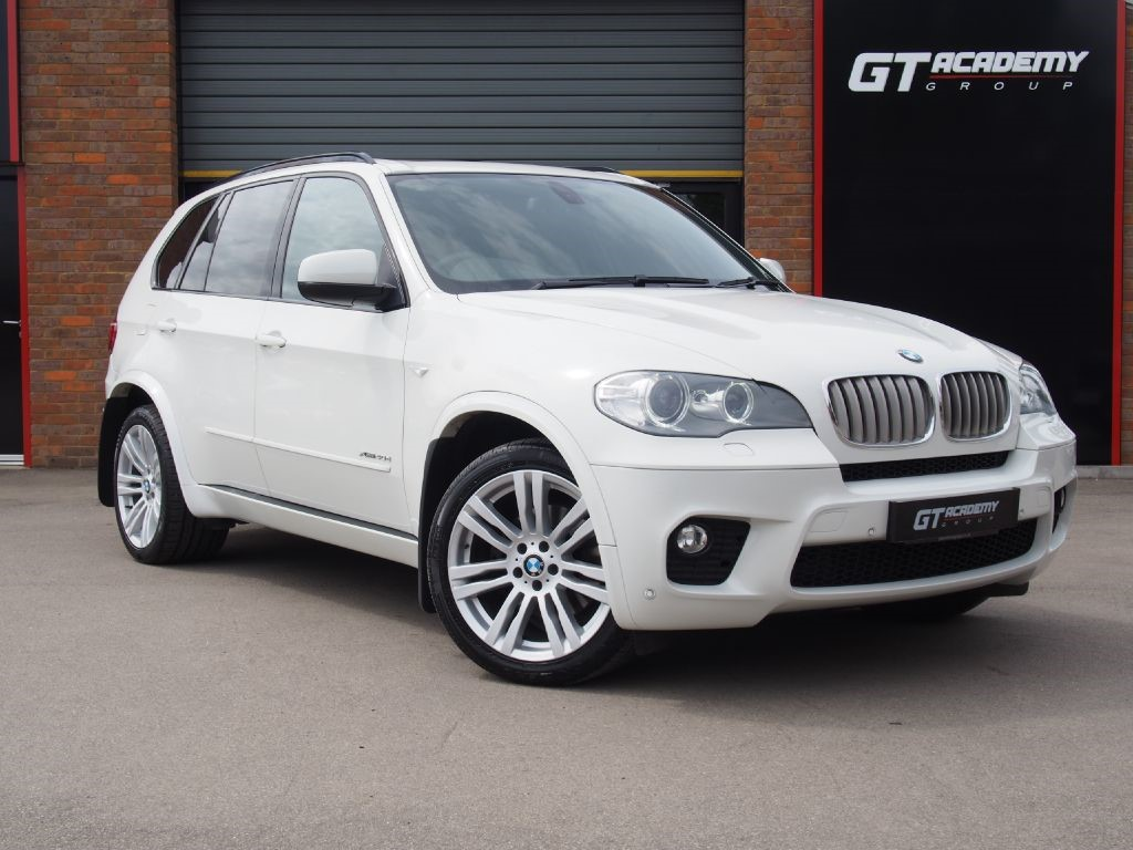 """used BMW X5 XDRIVE30D M SPORT 7 SEATS - PAN ROOF - 20"""" ALLOYS - SAT NAV in tring-hertfordshire"""