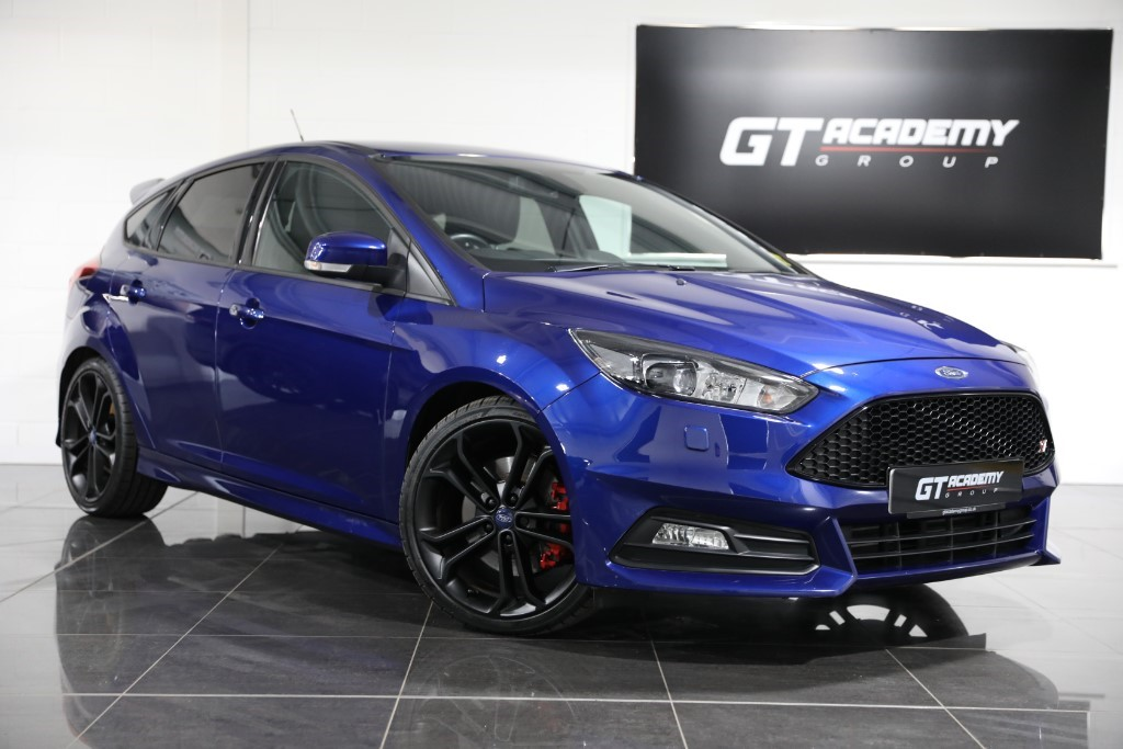 used Ford Focus ST-3 ** 5.9% APR FINANCE OFFER ** in tring-hertfordshire