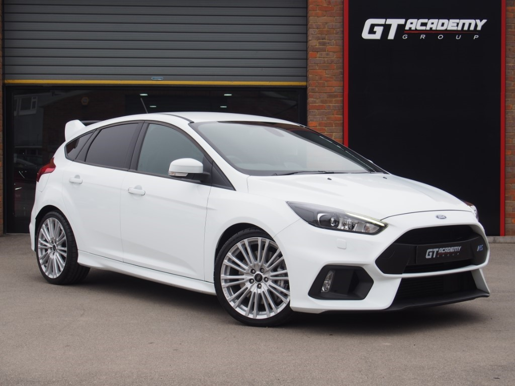 used Ford Focus 2.3 EcoBoost RS 4X4 AA INSPECTED - FORD FSH - SHELL SEATS in tring-hertfordshire