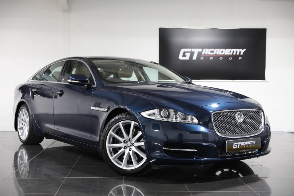 used Jaguar XJ 3.0D V6 LUXURY ** 5.9% APR FINANCE OFFER ** in tring-hertfordshire