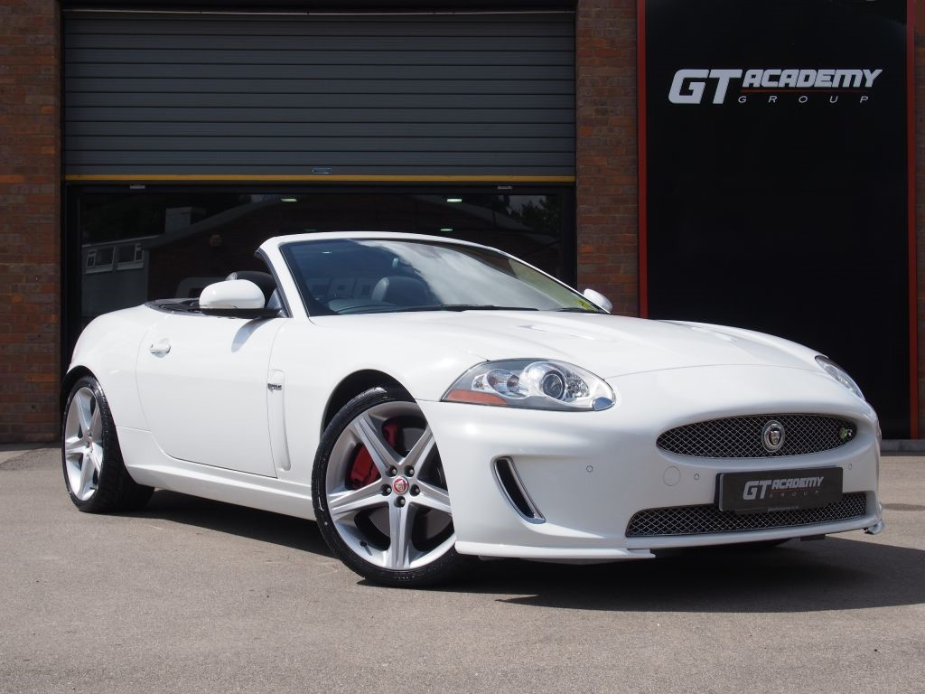 used Jaguar XKR 5.0 SUPERCHARGED AA INSPECTED . FSH . GREAT VALUE in tring-hertfordshire