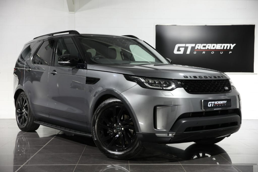 used Land Rover Discovery 2.0SD4 HSE - 1 OWNER - PAN ROOF - BLACK PACK in tring-hertfordshire