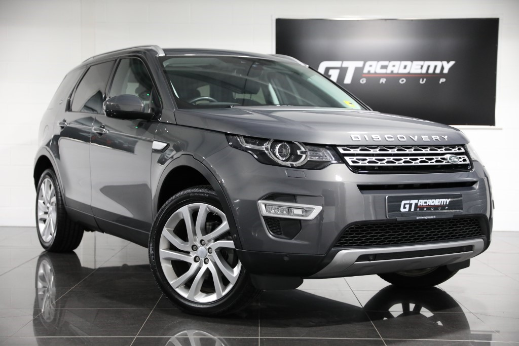 used Land Rover Discovery Sport 2.0TD4 HSE LUXURY AA INSPECTED - PAN ROOF - 7 SEATS in tring-hertfordshire