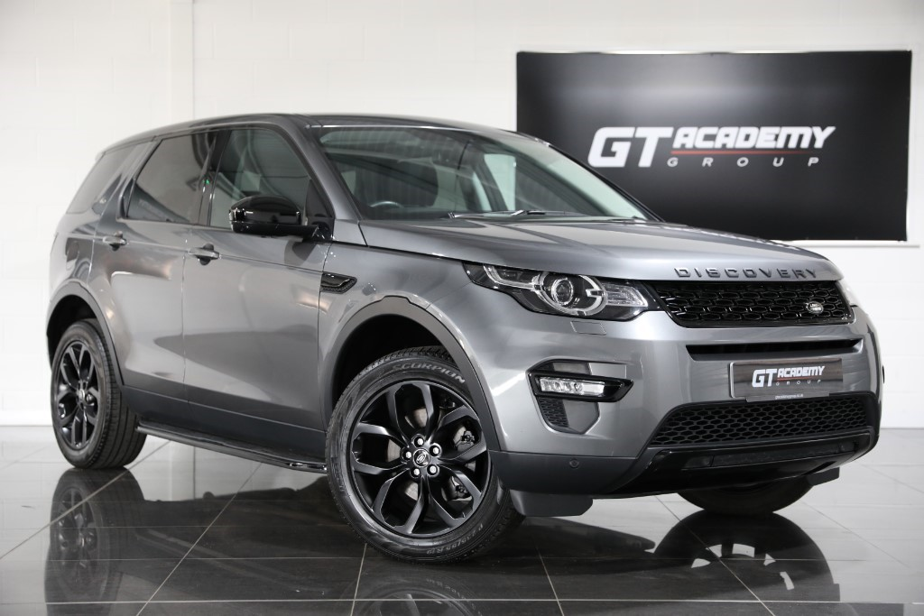 used Land Rover Discovery Sport 2.0TD4 HSE ** 5.9% APR FINANCE OFFER ** in tring-hertfordshire
