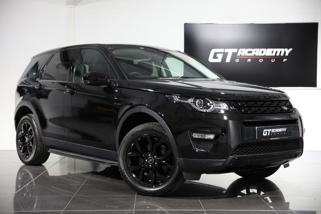 used Land Rover Discovery Sport 2.0SI4 HSE - BLACK PACK - PAN ROOF - RARE PETROL in tring-hertfordshire