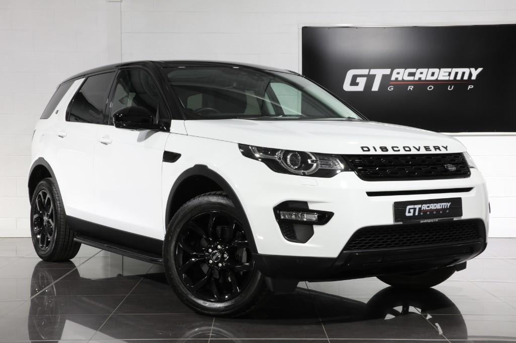 used Land Rover Discovery Sport 2.0SI4 HSE - 1 OWNER - PAN ROOF - BLACK PACK in tring-hertfordshire