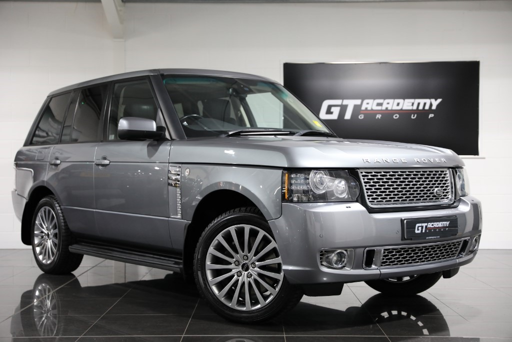 used Land Rover Range Rover 4.4TDV8 AUTOBIOGRAPHY AA INSPECTED - FSH - HIGH SPEC in tring-hertfordshire