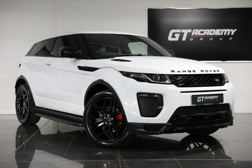 used Land Rover Range Rover Evoque 2.0TD4 HSE DYNAMIC LUX ** 5.9% APR PCP FINANCE OFFER ** in tring-hertfordshire
