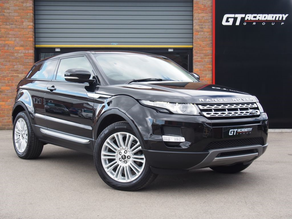 used Land Rover Range Rover Evoque SD4 PRESTIGE FSH - LR SERVICE PACK - PAN ROOF in tring-hertfordshire