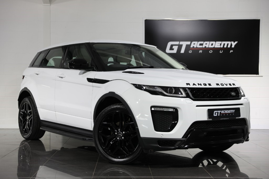 used Land Rover Range Rover Evoque 2.0ED4 HSE DYNAMIC - 1 OWNER - PAN ROOF - BLACK PACK in tring-hertfordshire