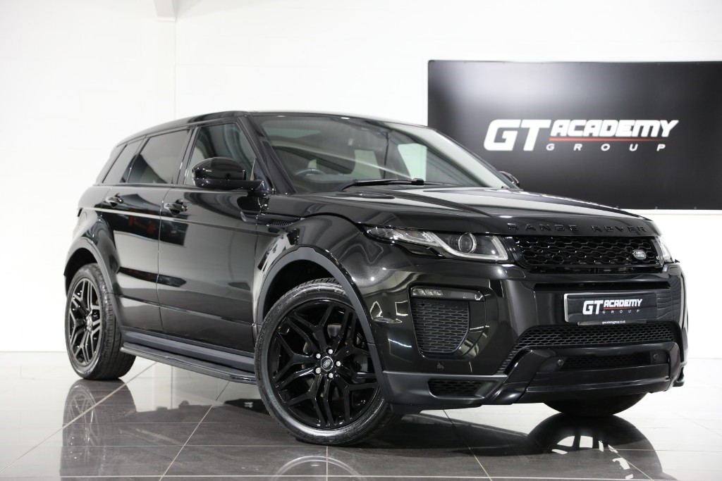 used Land Rover Range Rover Evoque 2.0TD4 HSE DYNAMIC - 1 OWNER - PAN ROOF - BLACK PACK in tring-hertfordshire