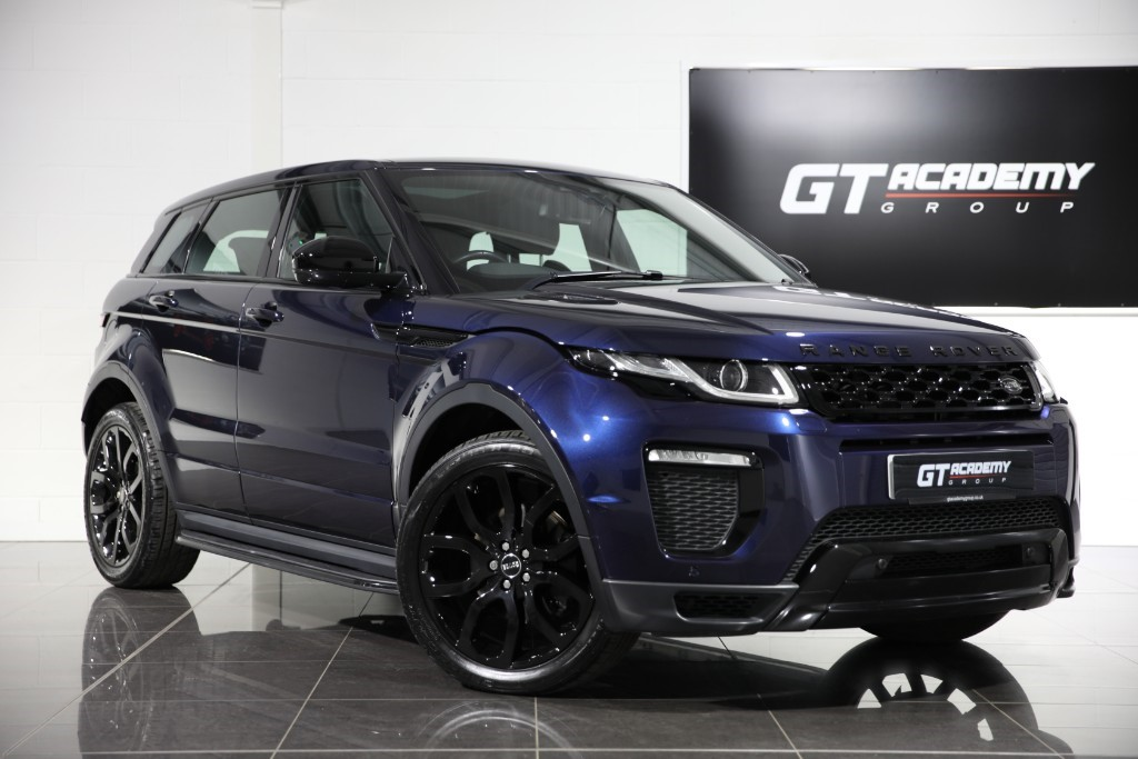 used Land Rover Range Rover Evoque 2.0TD4 HSE DYNAMIC - 1 OWNER - PAN ROOF -BLACK PACK in tring-hertfordshire