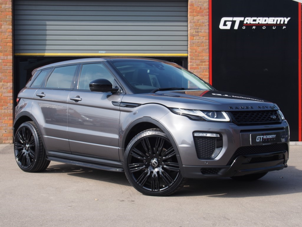 used Land Rover Range Rover Evoque TD4 HSE DYNAMIC 1 OWNER - PAN ROOF - SERVICE PACK in tring-hertfordshire