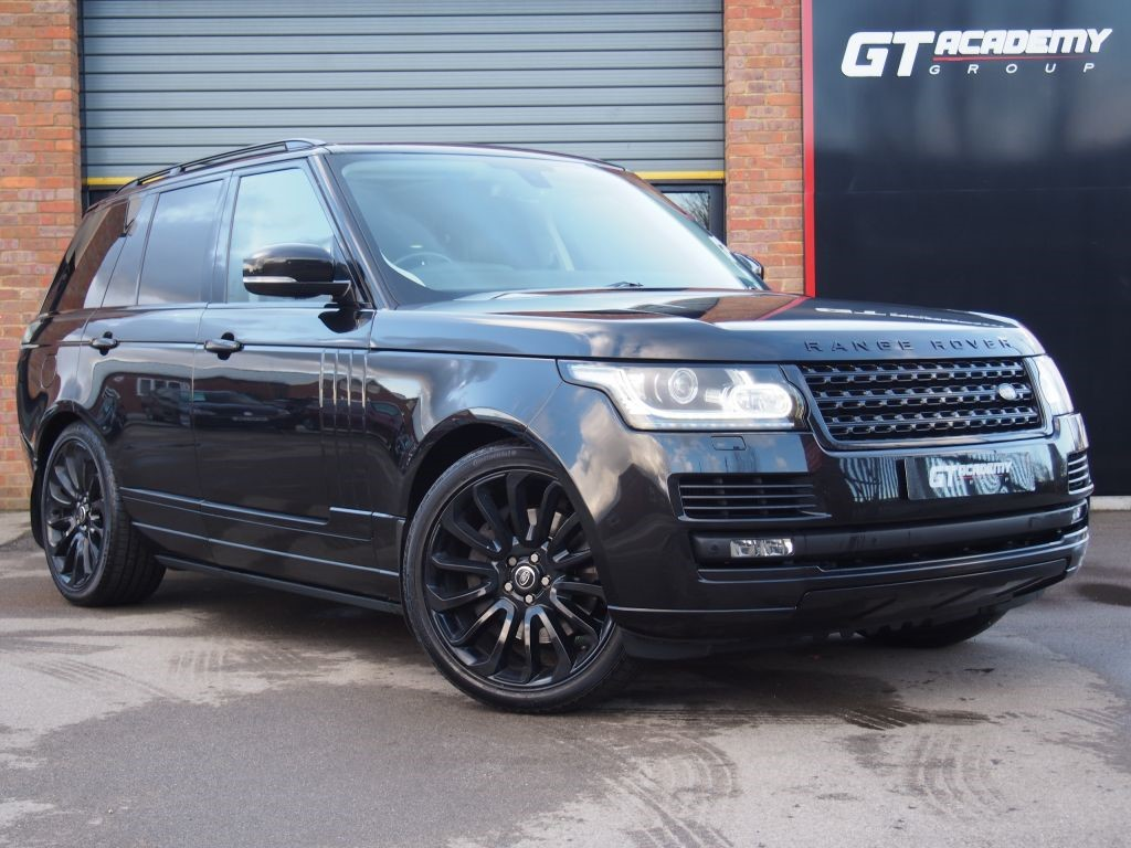used Land Rover Range Rover 4.4 SDV8 VOGUE SE 1 OWNER - VAT QUALIFYING in tring-hertfordshire
