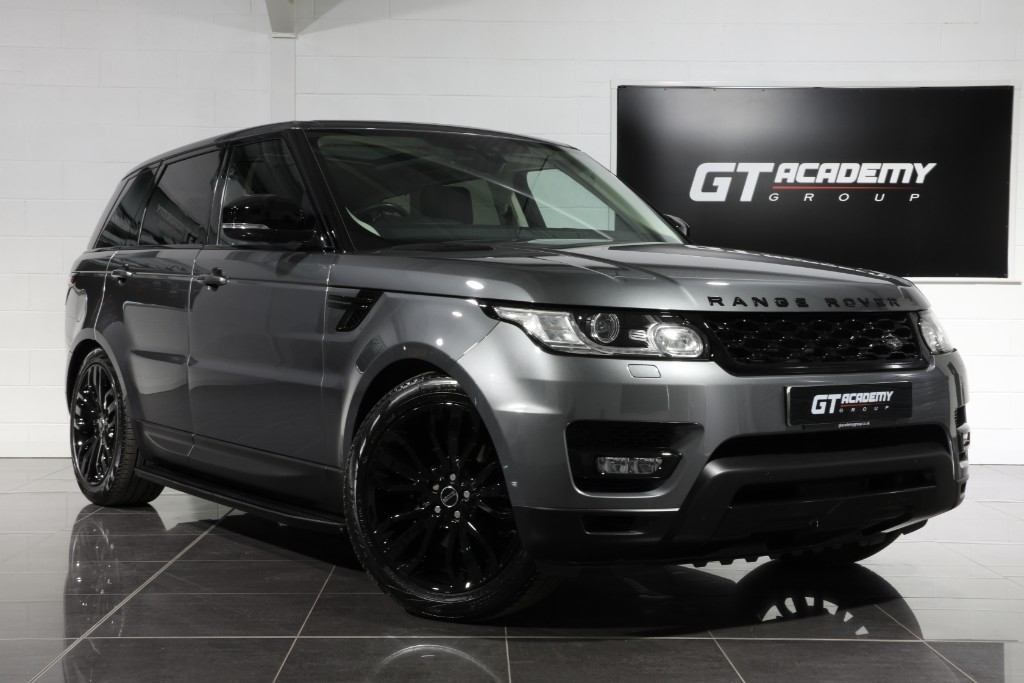 used Land Rover Range Rover Sport 2.0SD4 HSE - 1 OWNER - PAN ROOF - BLACK PACK in tring-hertfordshire