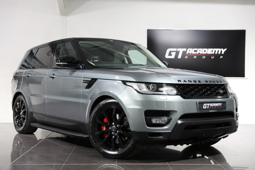 used Land Rover Range Rover Sport 3.0SDV6 HSE DYNAMIC - 7 SEATS - PAN ROOF - STEALTH PACK in tring-hertfordshire