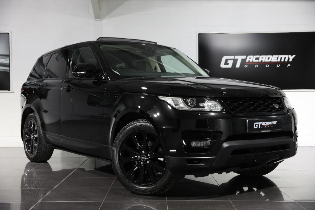 used Land Rover Range Rover Sport 2.0SD4 HSE - BLACK PACK - SLIDING PAN ROOF in tring-hertfordshire