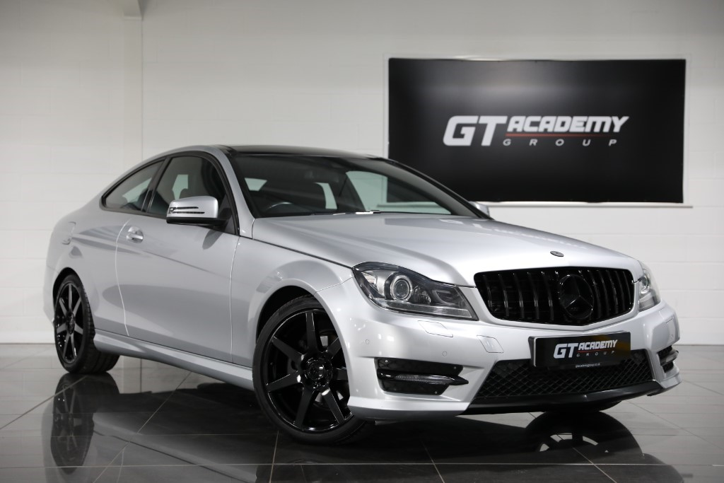 used Mercedes C250 CDI AMG SPORT EDITION PREMIUM PLUS ** 5.9% APR FINANCE OFFER ** in tring-hertfordshire