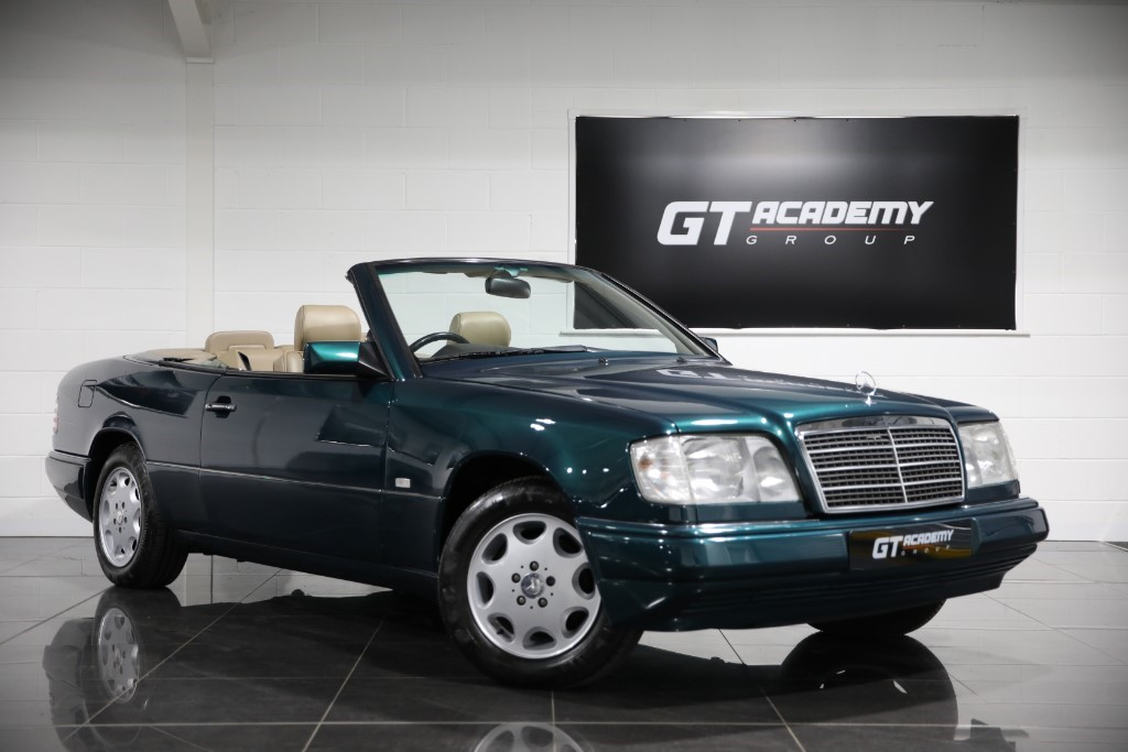 used Mercedes E220 CABRIOLET - AA INSPECTED in tring-hertfordshire