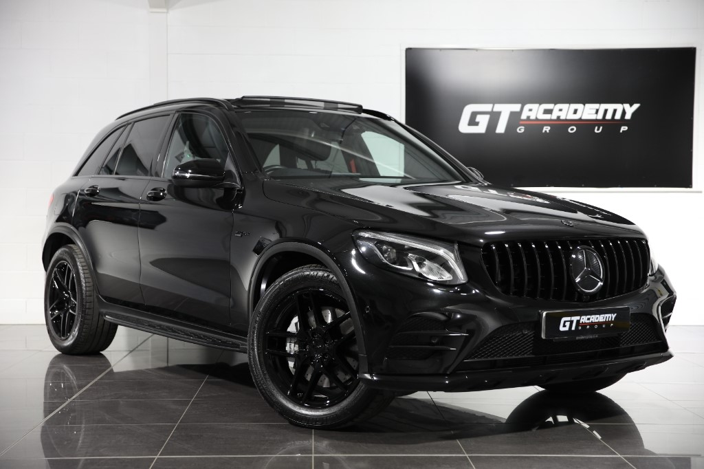 used Mercedes GLC43 AMG 4MATIC PREMIUM - PAN ROOF - FULL BLACK STYLING PACK in tring-hertfordshire